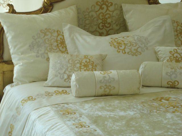 Collezione casa imperiale valentine raffinata biancheria per la casa milano - Cuscini decorativi per letto ...