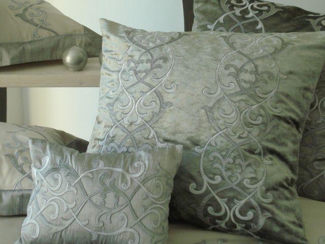 Collezione casa opulence valentine raffinata biancheria per la casa milano - Cuscini decorativi letto ...